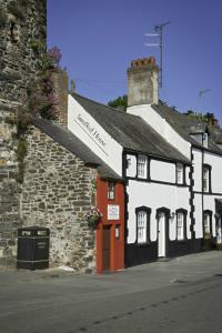 Smallest House in Great Britain, Conwy The smallest house in Great Britain situated in Conwy, North Wales